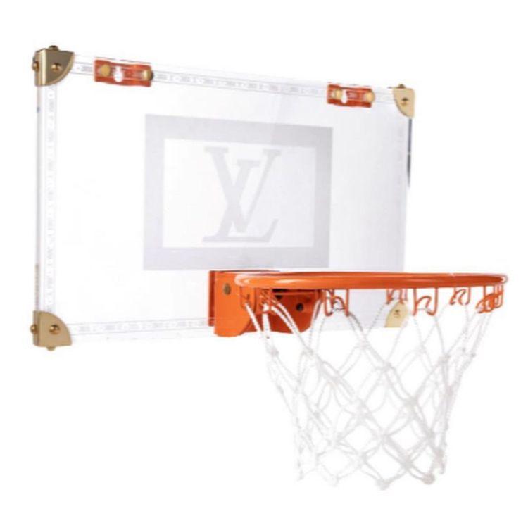 路易威登籃框也是品牌出奇的居家設計之一。圖/取自IG