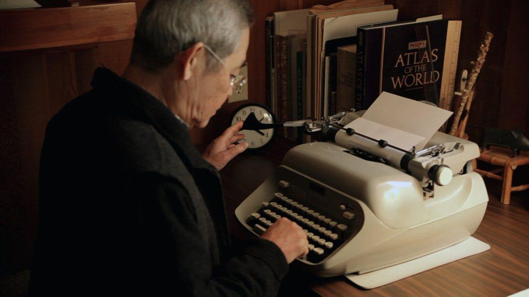 「他們在島嶼寫作」系列,楊牧「朝向一首詩的完成」。圖/目宿媒體提供