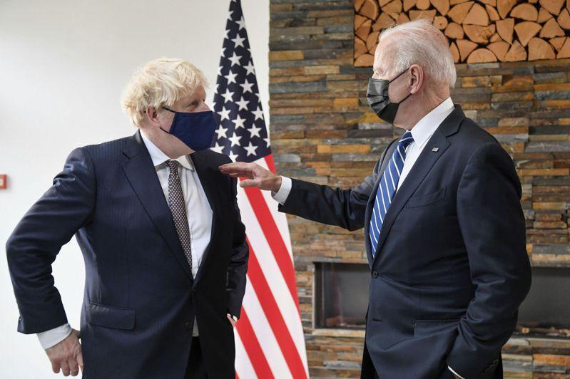 在七大工業國集團(G7)峰會前夕,強生(Boris Johnson)與美國總統拜登(JoeBiden)首度會談。 美聯社