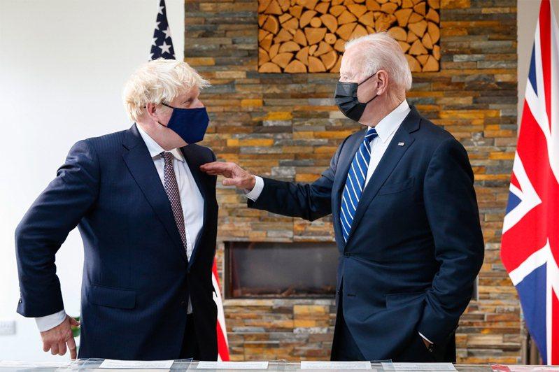 英國首相強生在G7峰會前,首次會見美國總統拜登。歐新社