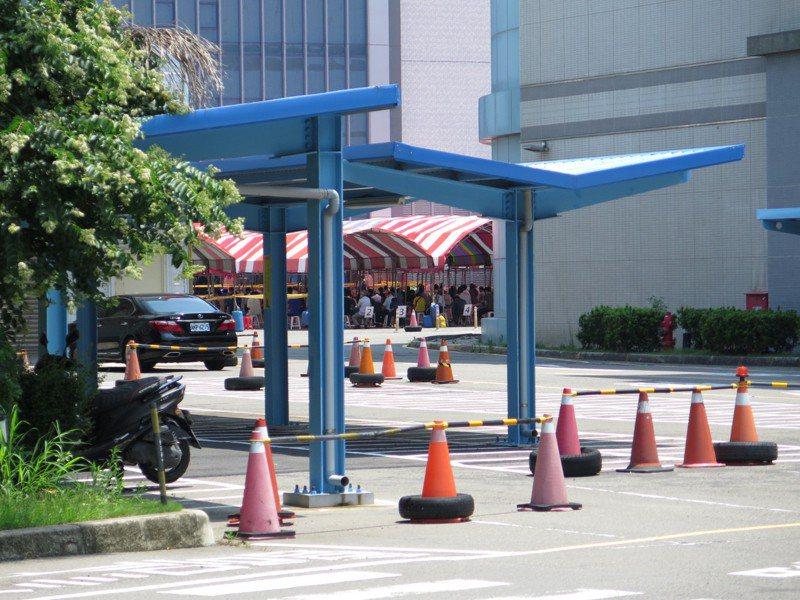 新竹市今天新增2例本土確診,皆與竹南京元電群聚案有關。 記者張裕珍/攝影