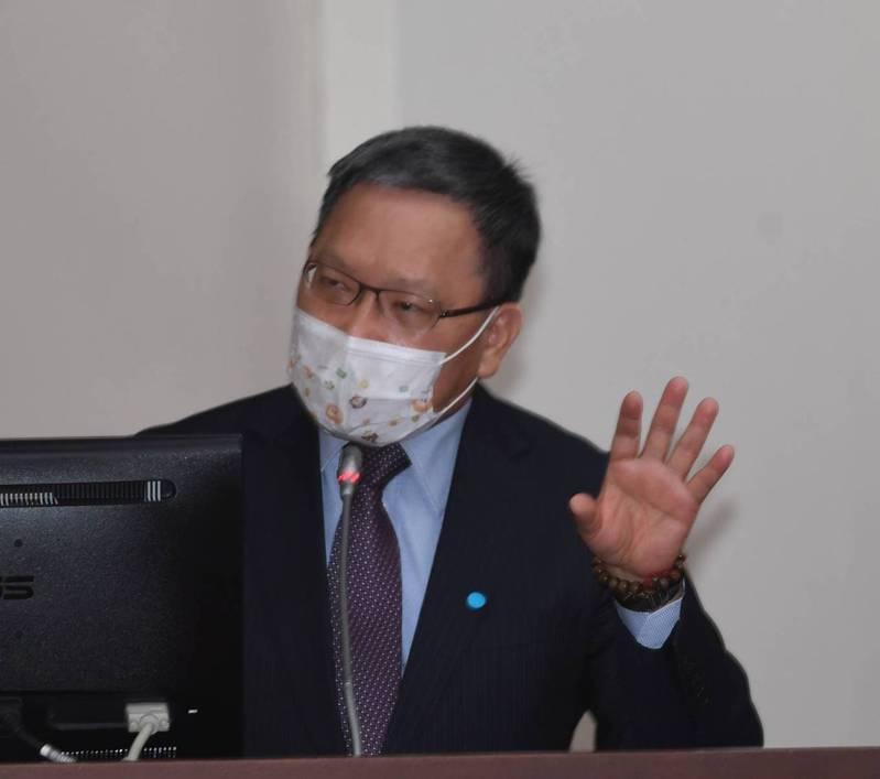 財政部長蘇建榮。圖/立法院提供