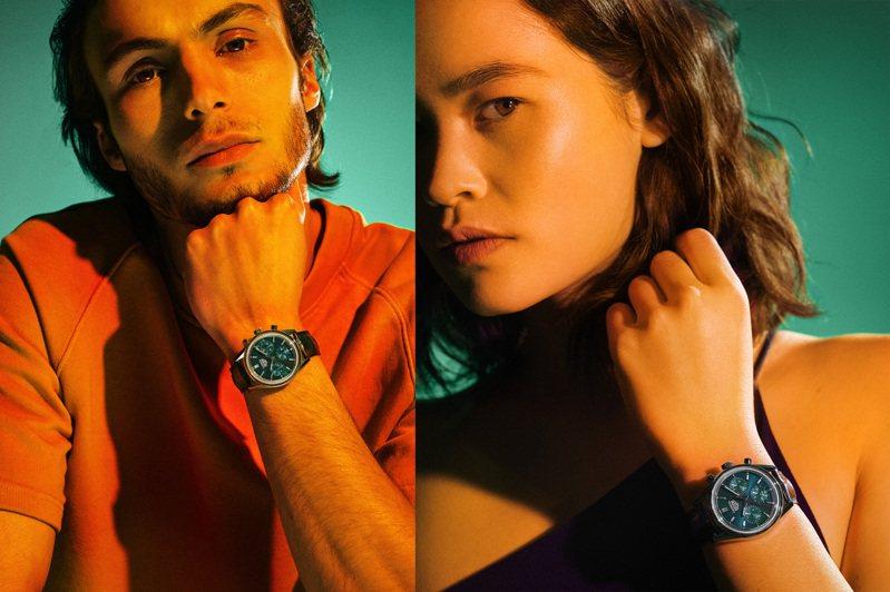 泰格豪雅推出全新Carrera系列計時碼表,中性尺寸,無論男、女消費者都適合來配戴。圖/TAG Heuer提供