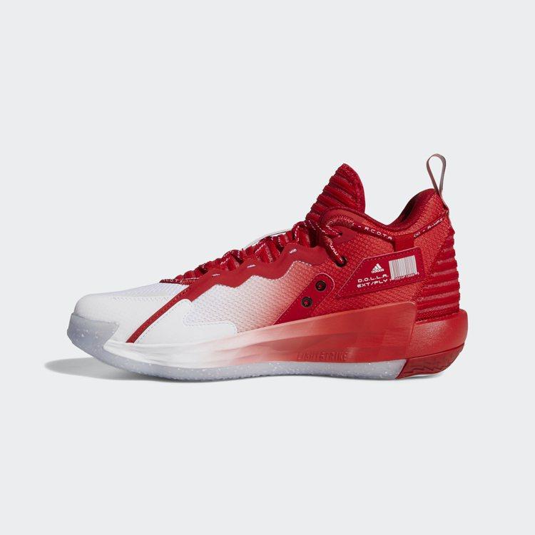 adidas Dame 7 EXTPLY「R.C.O.T.A」球鞋3,890元。...