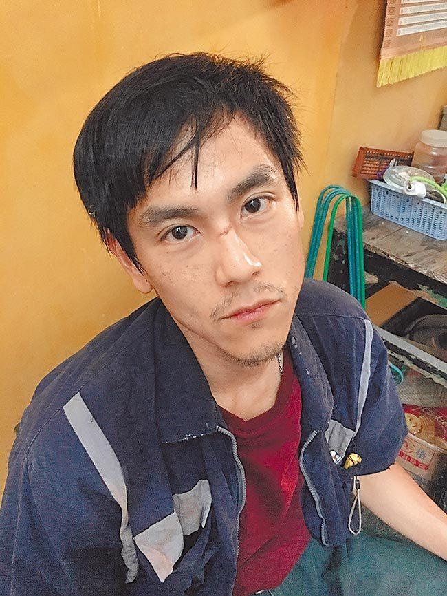 彭于晏日前減重演出「熱帶往事」。圖/摘自微博