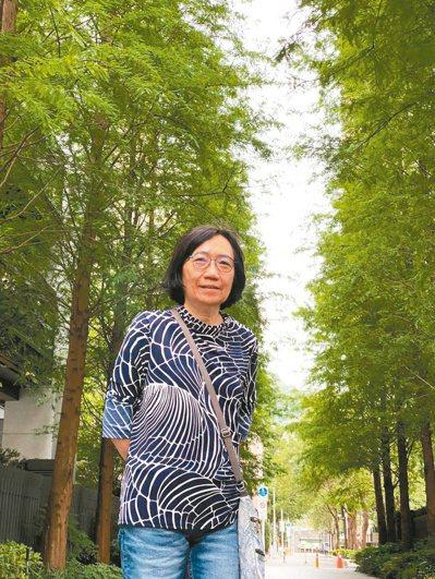 名律師陳玲玉,現在最喜歡的身分是「Kilo的玉婆」。圖/陳玲玉提供
