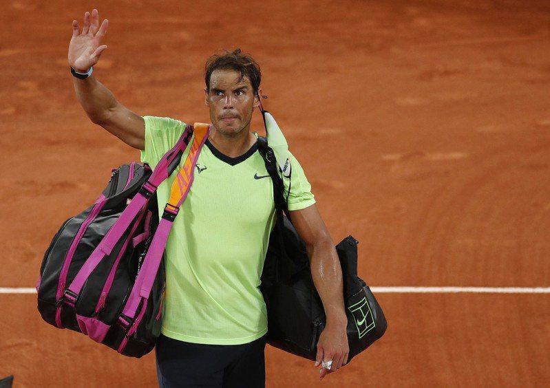 西班牙網球名將納達爾退出溫網及奧運。 路透社