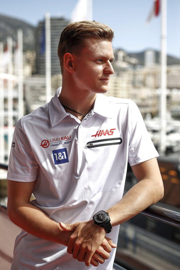 Mick Schumacher是車神「舒馬克」之子,繼承父親的天賦衣缽、在F1賽...