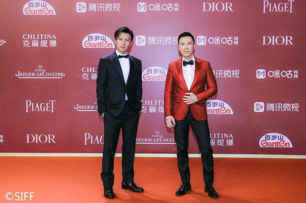 謝霆鋒(左)、甄子丹出席「怒火」上海國際電影節宣傳,宣導大家都要做好防疫。圖/華