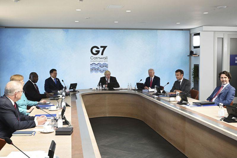 七大工業國集團(G7)領袖今天將在峰會公報中承諾提高對氣候事務的金援,達到長久前提出的每年1000億美元目標。 美聯社