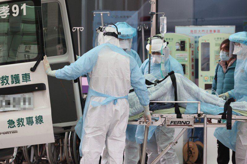 台灣新冠肺炎致死率屢創新高,今已達3.7%。本報資料照片