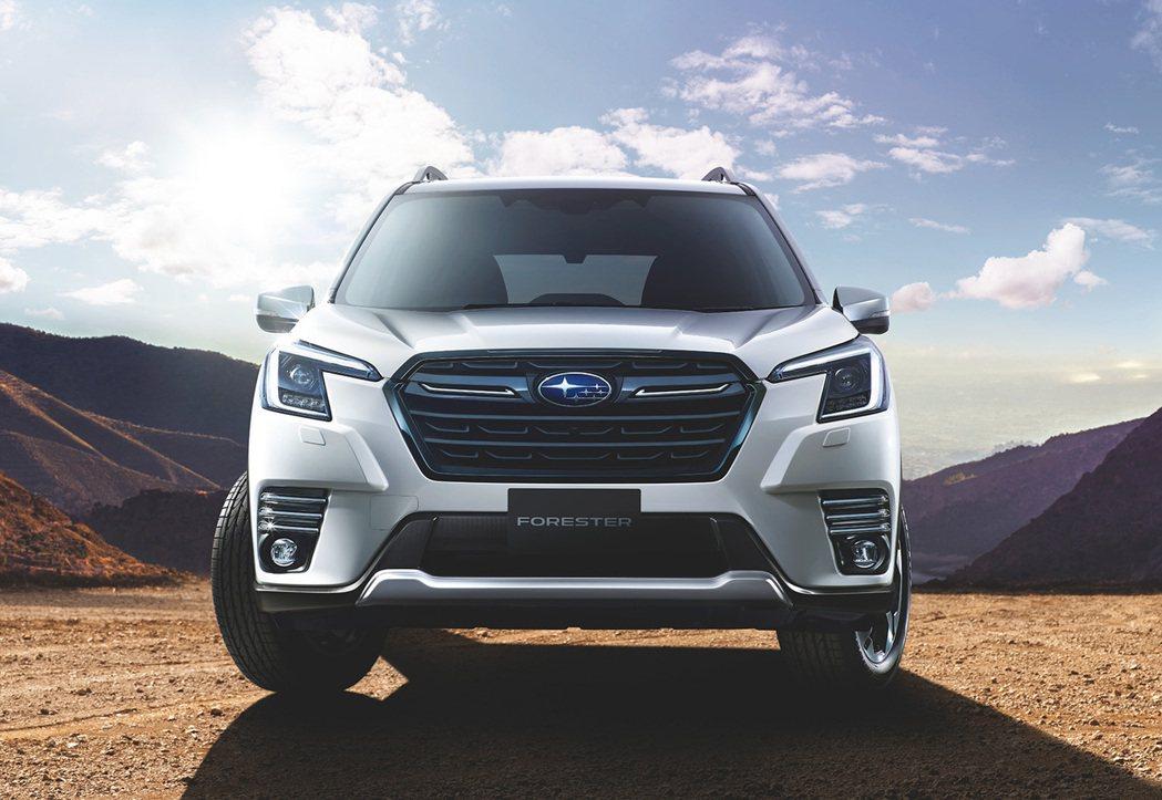 小改Forester採用更激進的「BOLDER」設計語彙。 摘自Subaru.j...