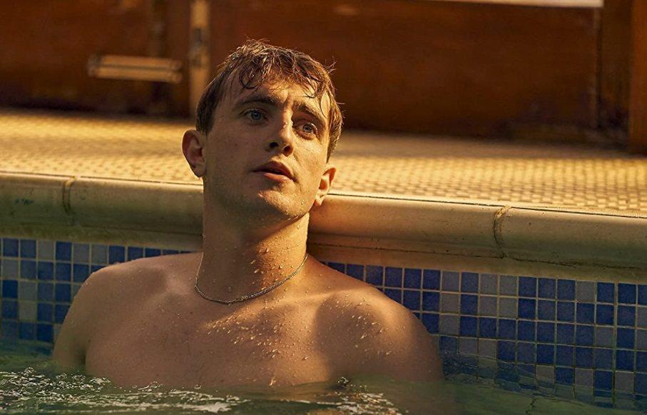 保羅梅茲卡爾在「正常人」裸戲不少,也因此劇在英國榮登視帝寶座。圖/摘自imdb