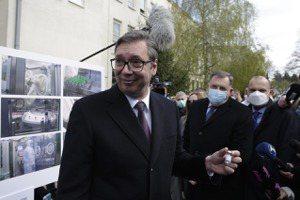 新冠疫苗爭奪戰(八):塞爾維亞牽手中俄,「疫苗大外宣」巴爾幹?