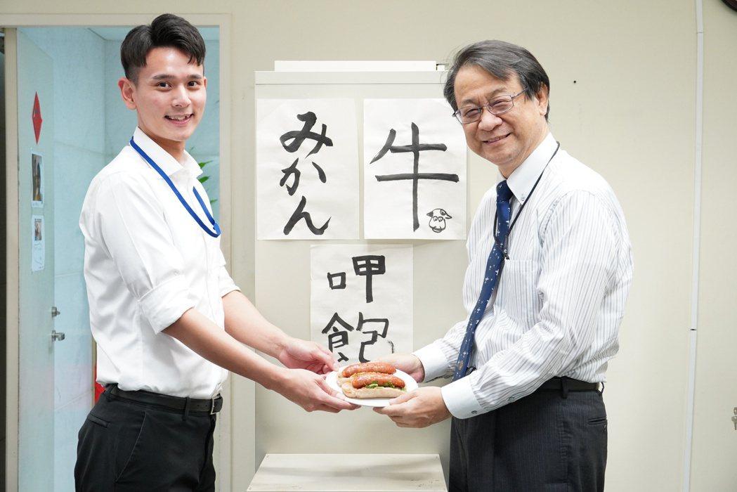 大腸包小腸是令泉裕泰印象深刻的台灣小吃。圖/日本台灣交流協會台北事務所提供