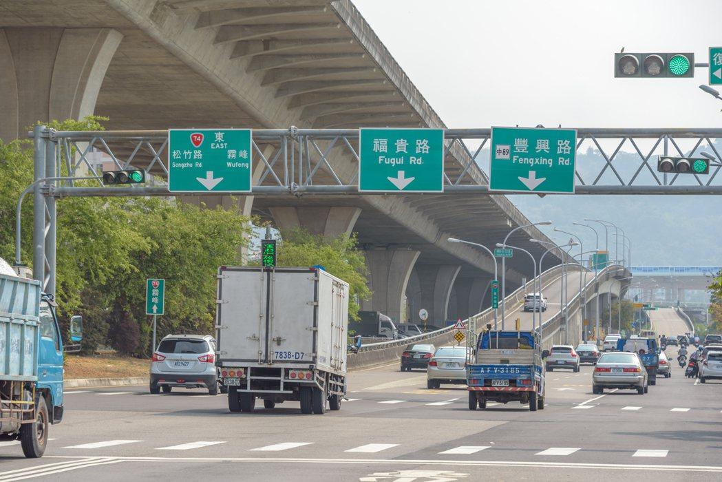 【佳茂6962】佔據74匝道優勢,享國1與國4,一快二高串連願景。