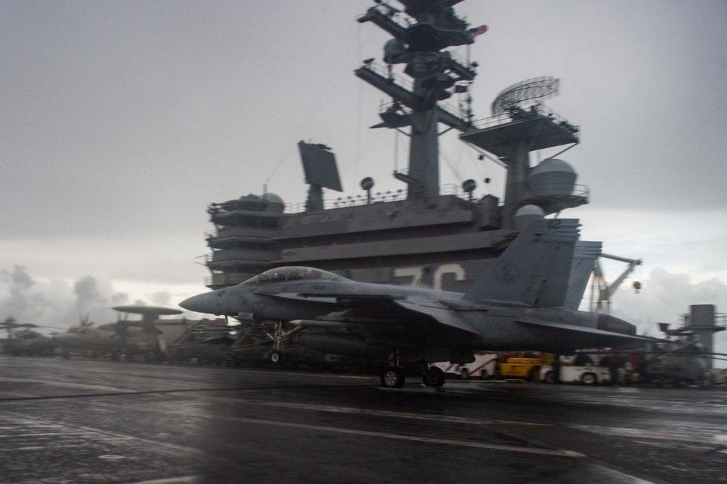雷根號航空母艦(USS Ronald Reagan CVN-76)昨日即透過臉書...