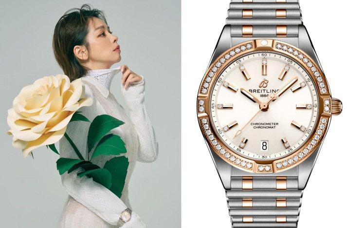 身穿白色洋裝的徐若瑄,以超巨大造型花朵、Chronomat 32石英鑽表搭襯優雅...