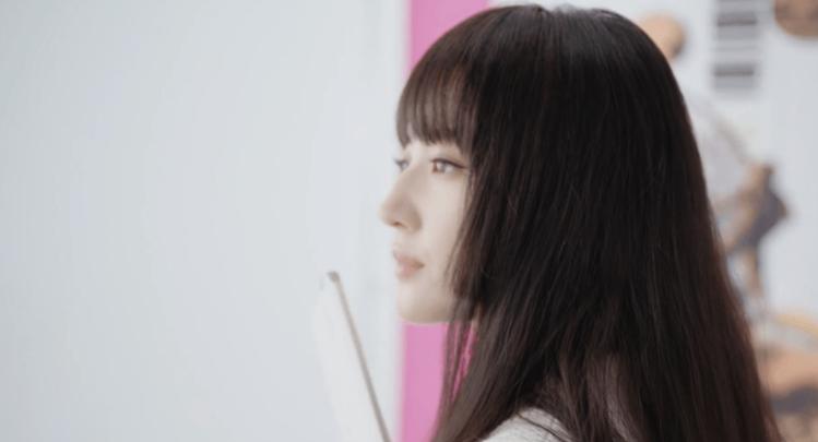 劉亦菲換上公主切髮型。圖/摘自微博