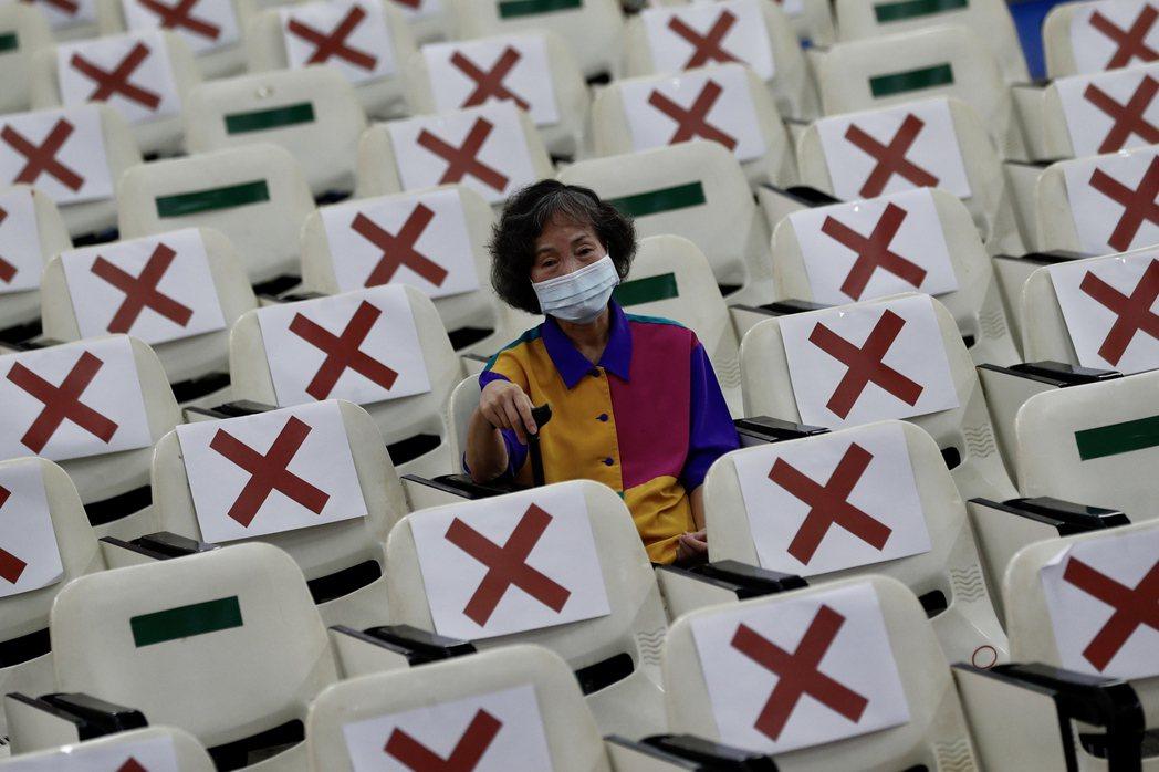 6月15日,民眾接種疫苗。非本文所指當事人。 圖/歐新社