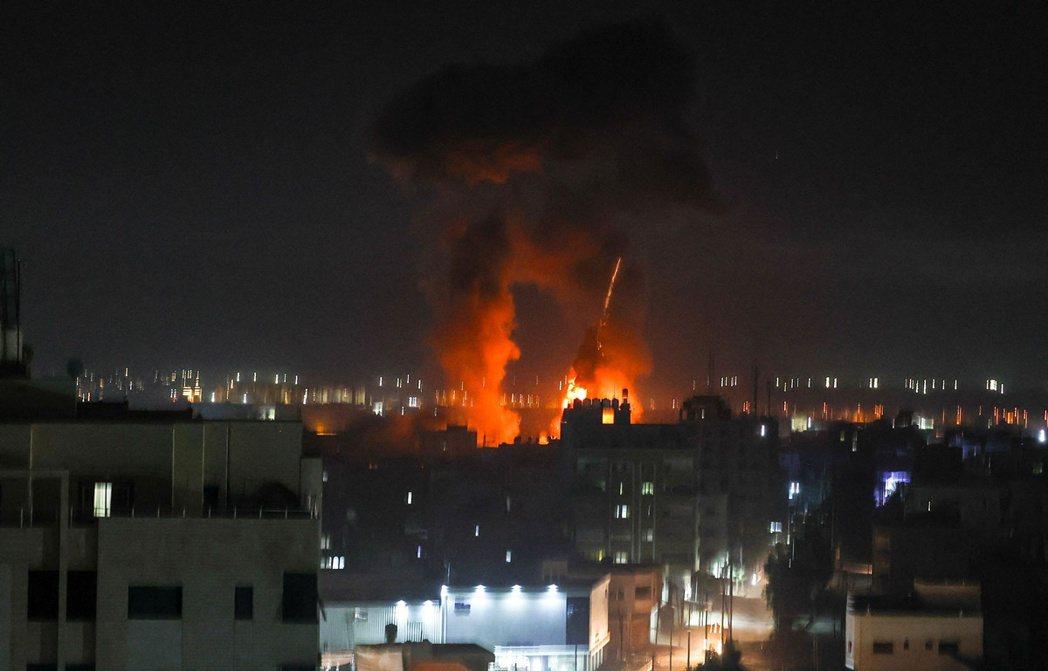 以色列轟炸加薩。 圖/法新社