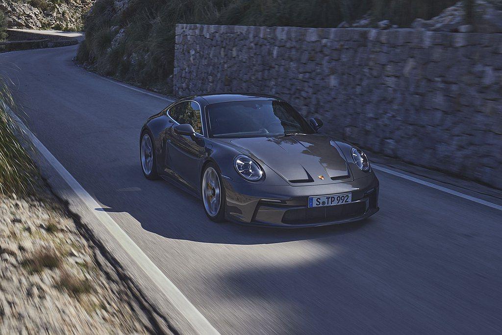 保時捷911 GT3 with Touring Package提供與911 GT...