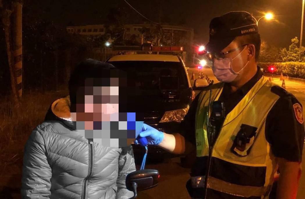 台南市交通大隊統計,今年迄6月14日因酒後駕車失控致死亡事故共計15件,較去年同...