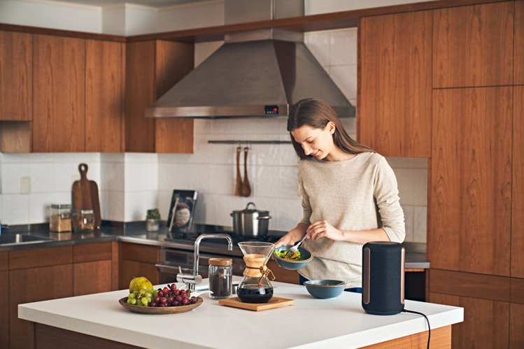 Sony夏季促銷活動期間購買旗艦無線揚聲器SRS-RA3000,或是具備強勁重低...