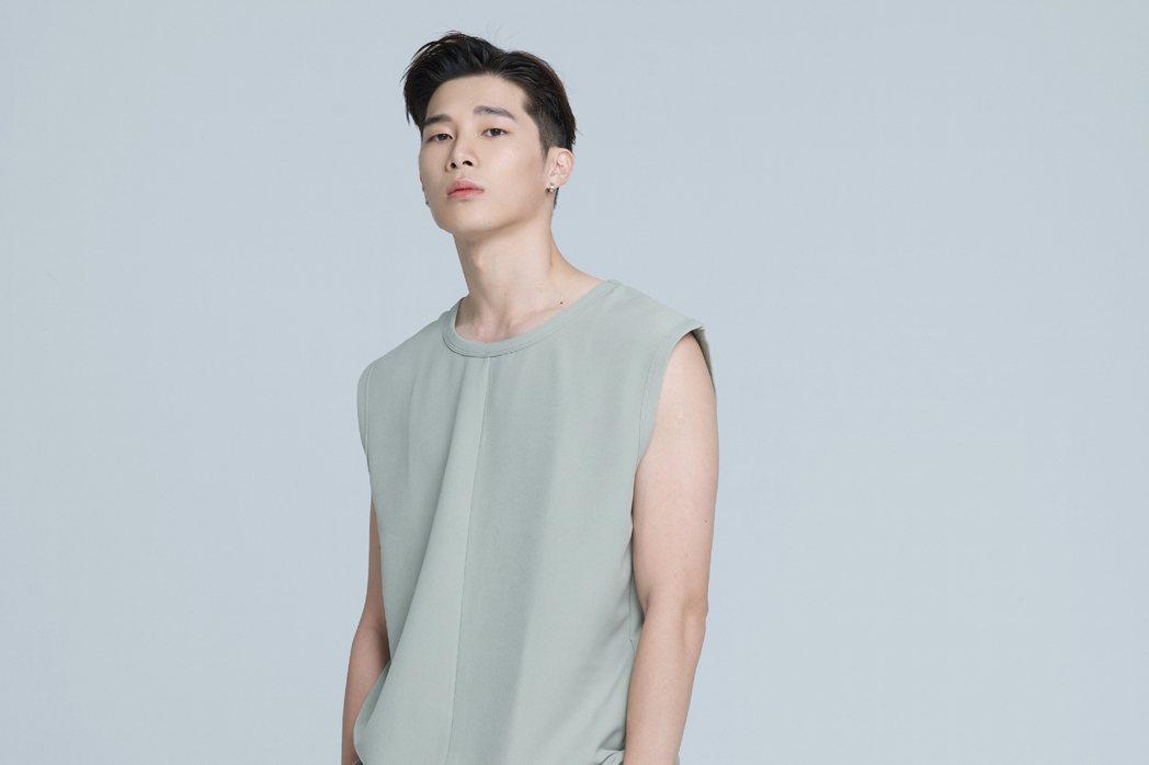 宋偉恩在劇中飾演項婕如的前男友。圖/LINE TV提供