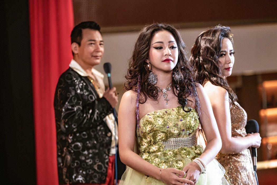 賴慧如在「黃金歲月」中演出動感歌星「阿嬌」。圖/民視提供