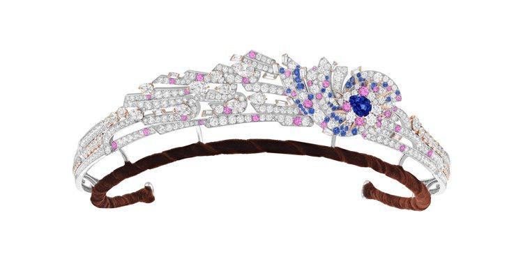 Andromede皇冠即可拆卸胸針,白K金與玫瑰金鑲嵌一顆2.67克拉梨形切割馬...