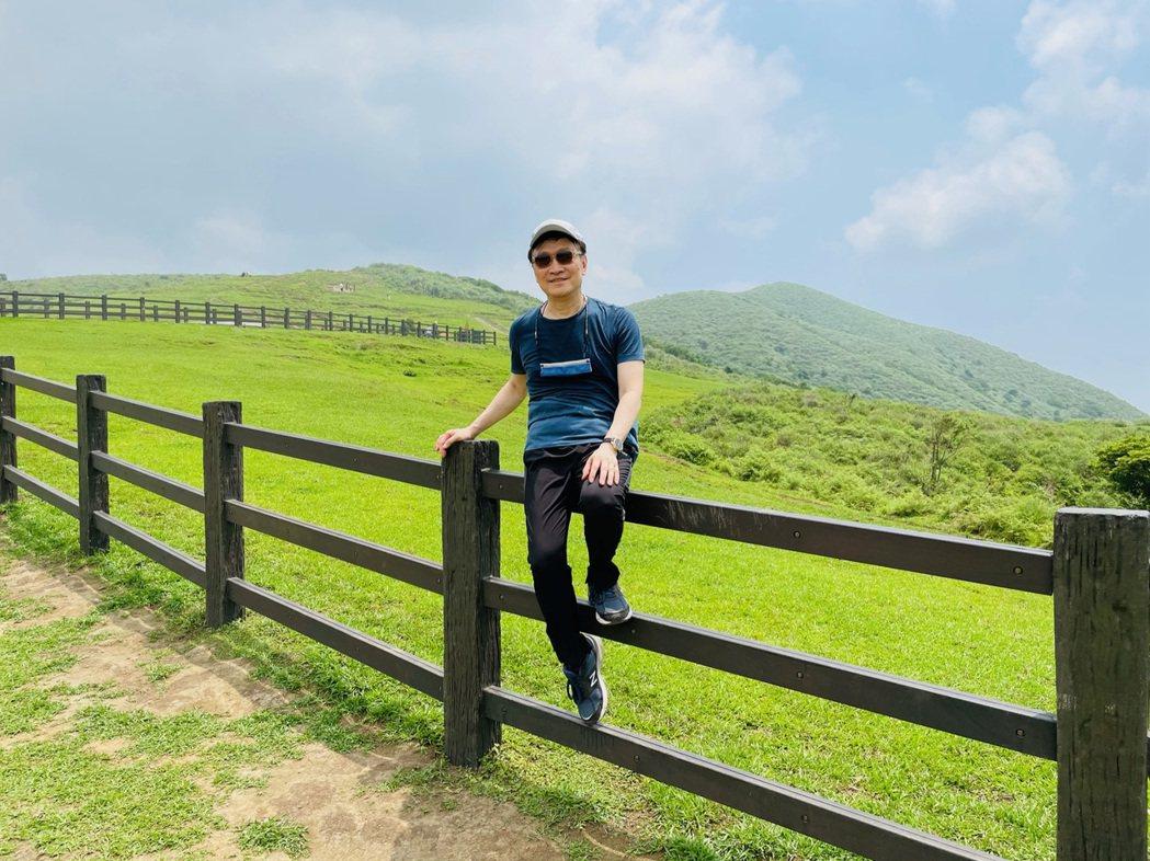朱全斌退休後仍將日子過得精彩,不時會和朋友或學生出外踏青、爬山。圖/朱全斌 提供
