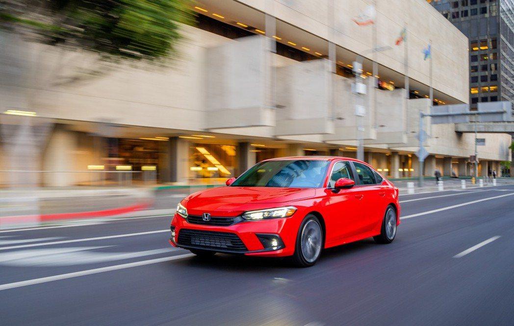 Honda Civic Sedan Touring。 摘自Honda