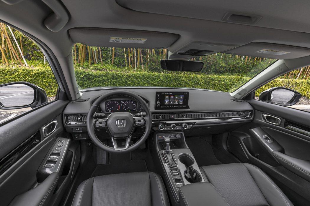 第11代Honda Civic內裝質感有所提升,科技感也強化許多。 摘自Hond...