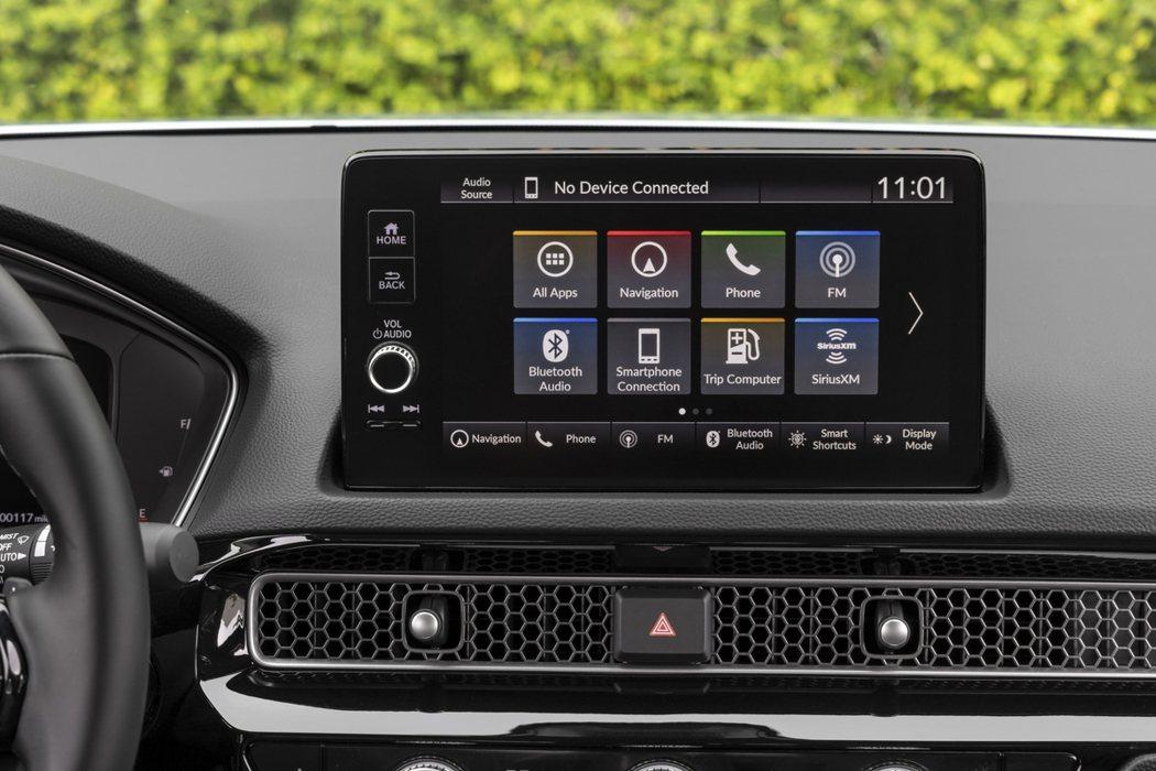 Civic頂級Touring車型標配9吋中控螢幕。 摘自Honda