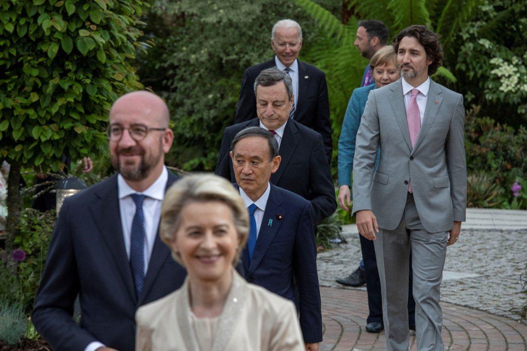 白宮6月12日聲明,美國總統拜登和日本、英國、法國、德國、加拿大、義大利等七國集團國家領袖同意啟動這項新的全球基礎建設計畫。 圖/路透社