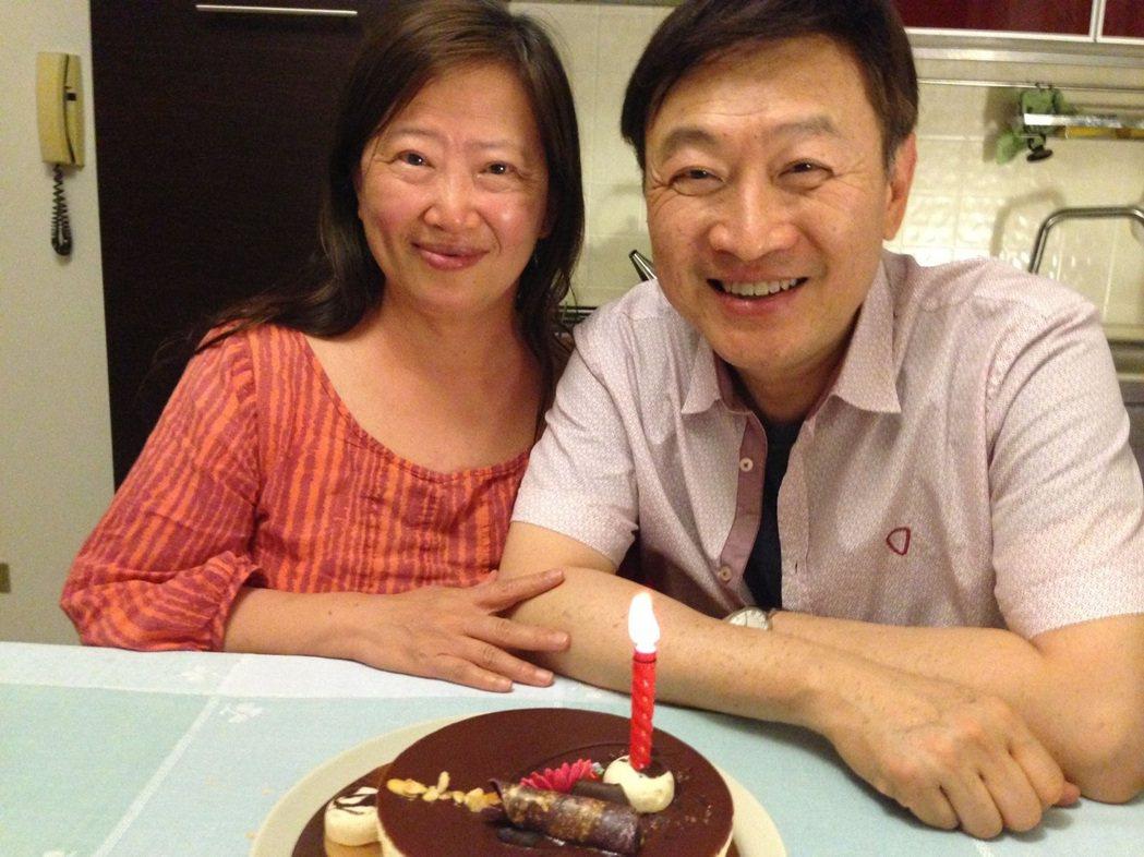 朱全斌相當懷念與韓良露(左)生前的每個用餐時光。圖/朱全斌 提供