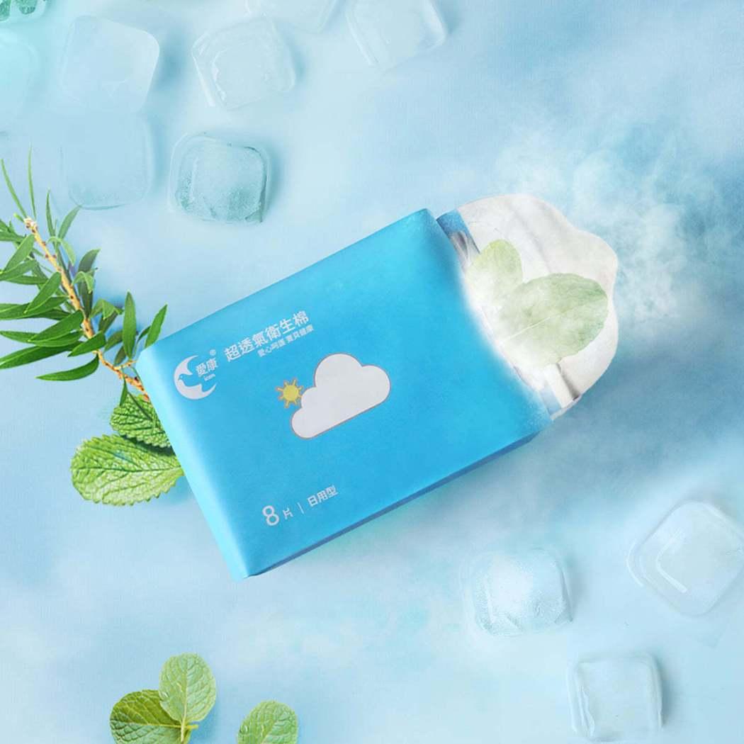 愛康涼感潔淨濕紙巾 5 包 199元、10 包330元。業者/提供