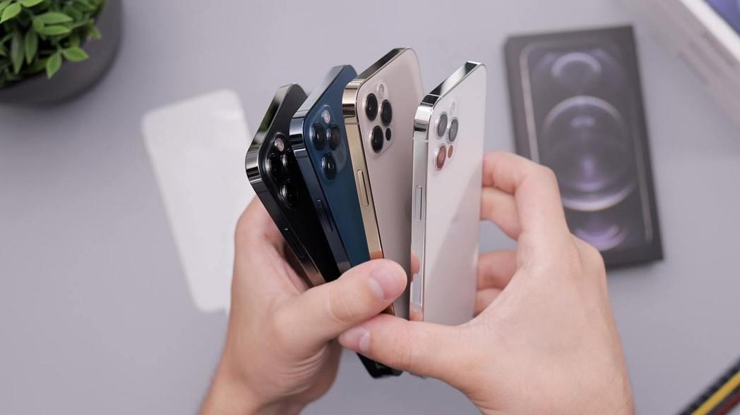 iPhone 12 Pro(256GB)降最多,傑昇通信購機再折4,410元,只...