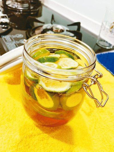蜂蜜檸檬水。圖/劉怡里提供