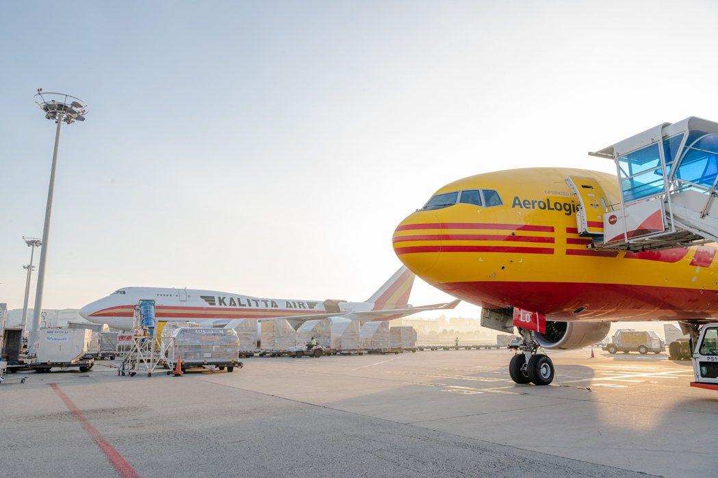 DHL Express在全球超過220個國家與地區的3,200座設施,仰賴領先的...
