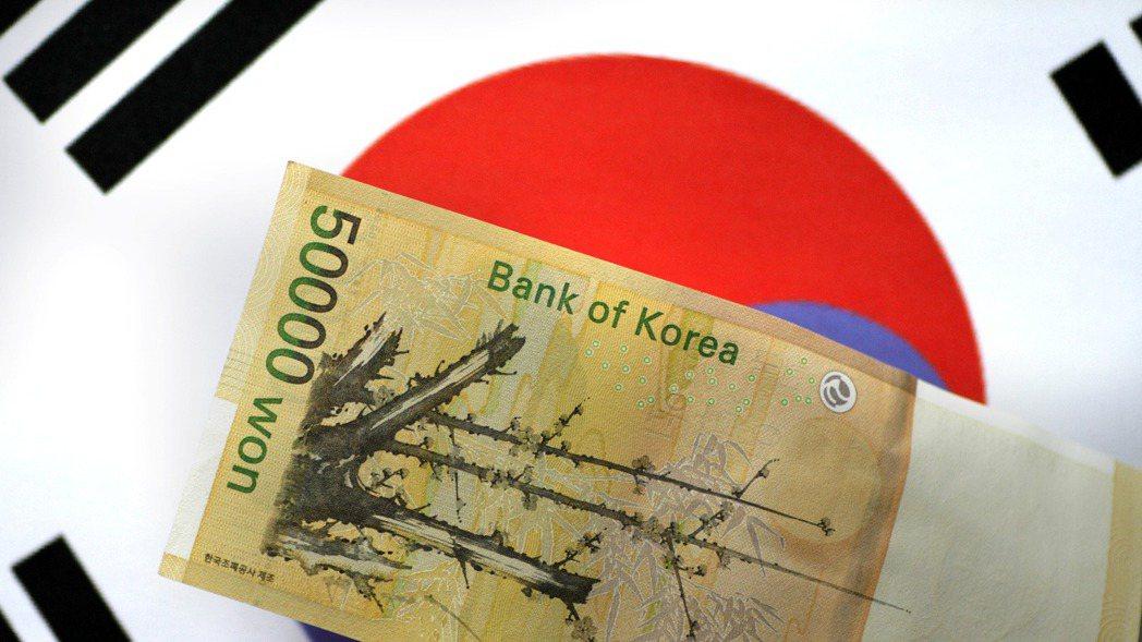 韓元今天早盤兌美元一度大貶1.5%。路透