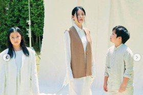 李英愛曝光10歲龍鳳胎 空靈氣質美貌神複製