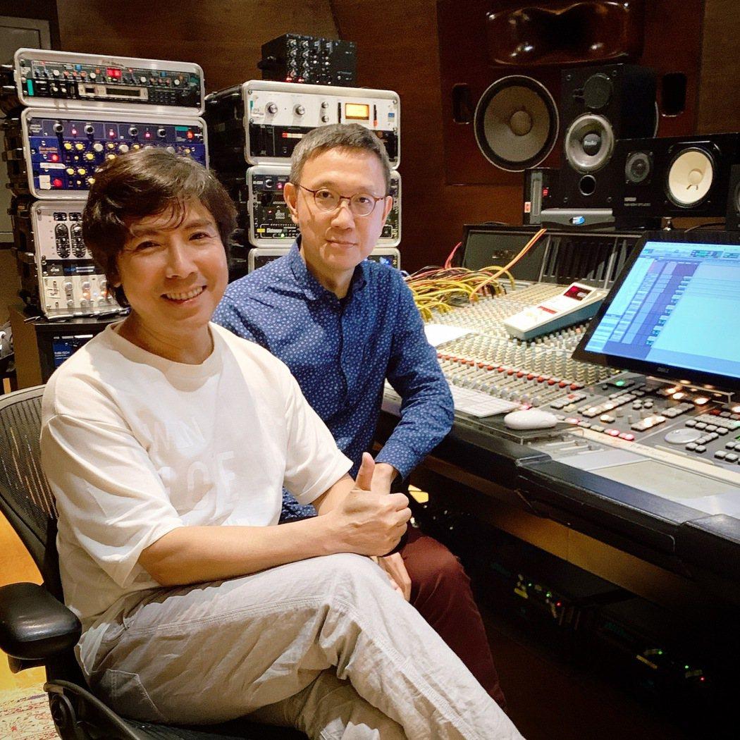 郭蘅祈(左)近來積極準備個人新作品。圖/祈普行提供
