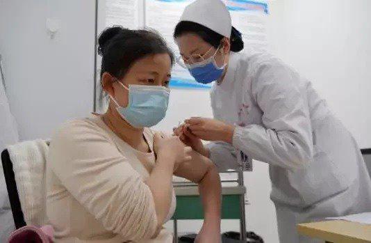 北京疫苗接種率突破80%,領先全球主要城市。示意圖。新華社