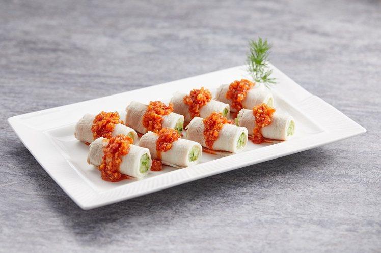 週二提供有蒜泥白肉、糟溜魚片等2道主菜。圖/樂天皇朝提供