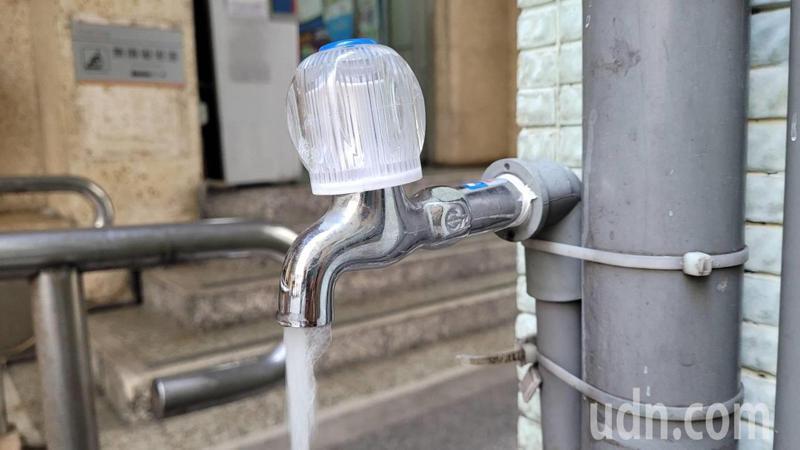 基隆、瑞芳、貢寮2萬6千戶停水1天,23日汰換舊管線。記者游明煌/攝影