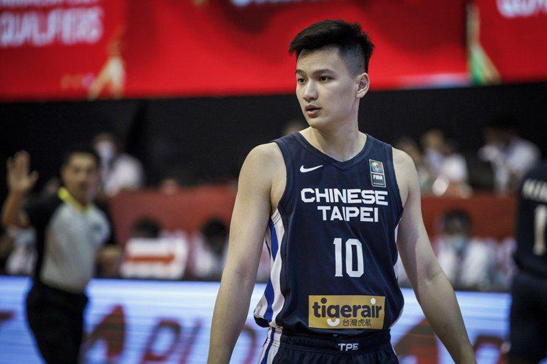 謝亞軒三分球7投5中,成首戰亮點。圖/取自FIBA官網