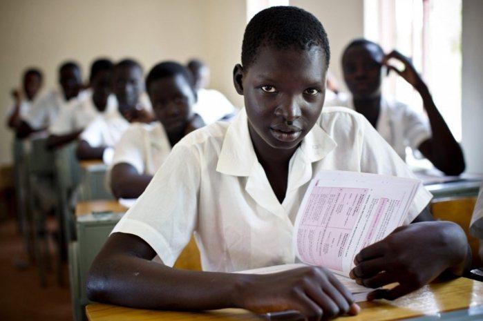 南蘇丹 18 歲女孩 Monica 告訴國際培幼會:「當我完成學業後,我想成為一...