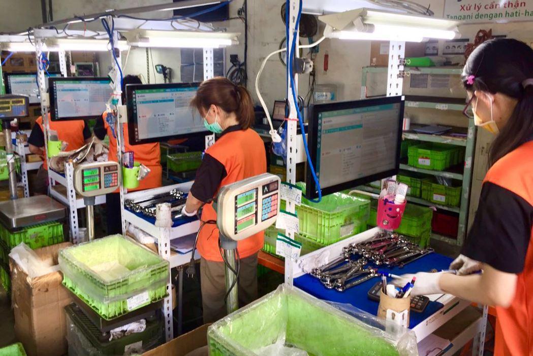 英發企業一條龍的生產製程,成為與客戶長期合作與信任的根基。英發企業提供